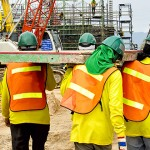 How to Choose Gloves that Ensure 100% Safety at Work ?