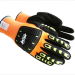 Winter oil rig gloves